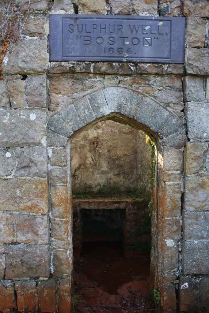 Boston Sulphur Well - Ffynnon Parc Mawr